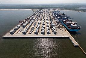Polskie porty kontenerowe  - raport Jones Lang LaSalle