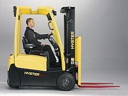 Swoboda ruchu z wózkami Hyster