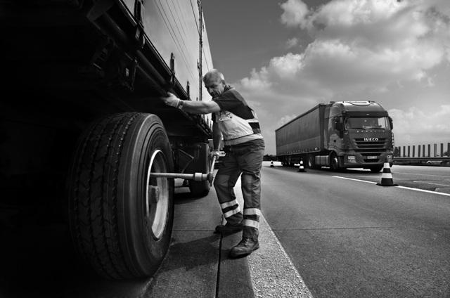 Fachowa pomoc w przypadku awarii na trasie