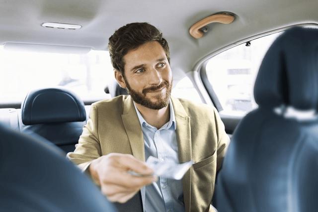 Taksówką za połowę ceny z biletem na Pendolino