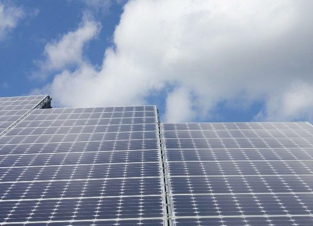 Specjaliści od logistyki elektrowni słonecznej