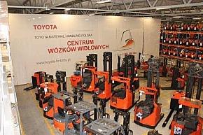 Centrum wózków widłowych Toyoty otwarte