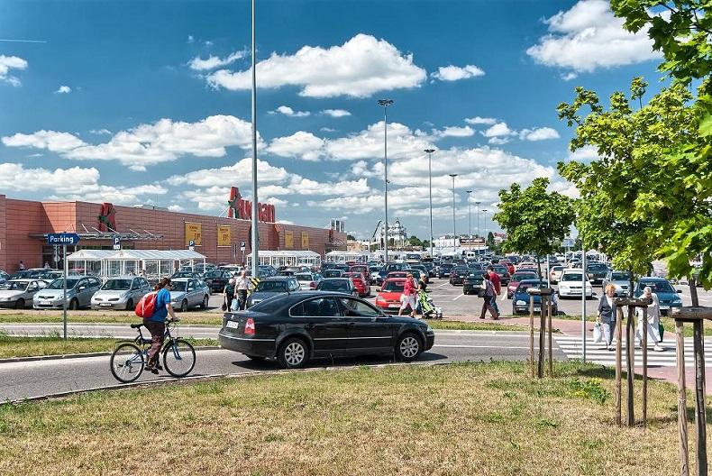 Rusza rozbudowa Centrum Handlowego Auchan Hetmańska
