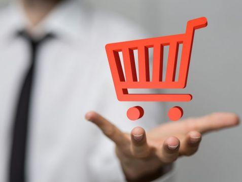 Polacy na zakupach w sieci – co kupujemy online?