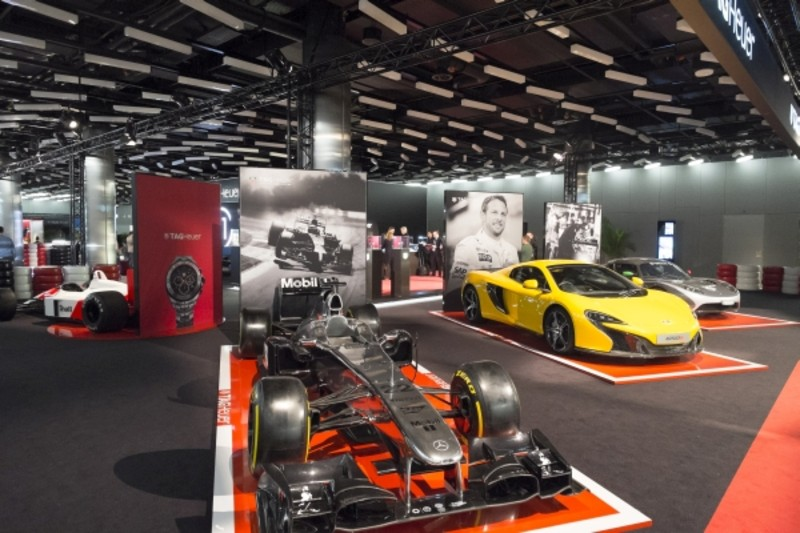 Ferrari, Porsche, Lamborghini ... i STILL