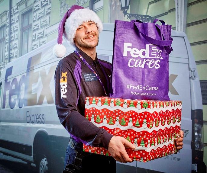 FedEx pomaga Świętemu Mikołajowi