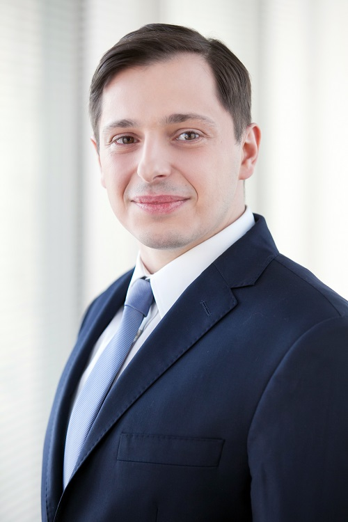 Adrian Semaan, Konsultant w Dziale Powierzchni Przemysłowych i Logistycznych, Cushman & Wakefield