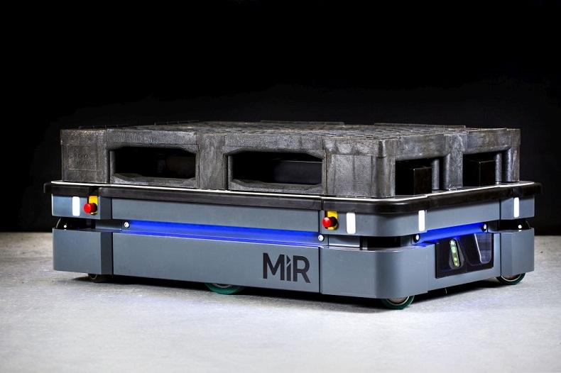 Większy i silniejszy robot mobilny MiR