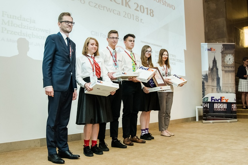 Wsparcie dla Fundacji Młodzieżowej Przedsiębiorczości