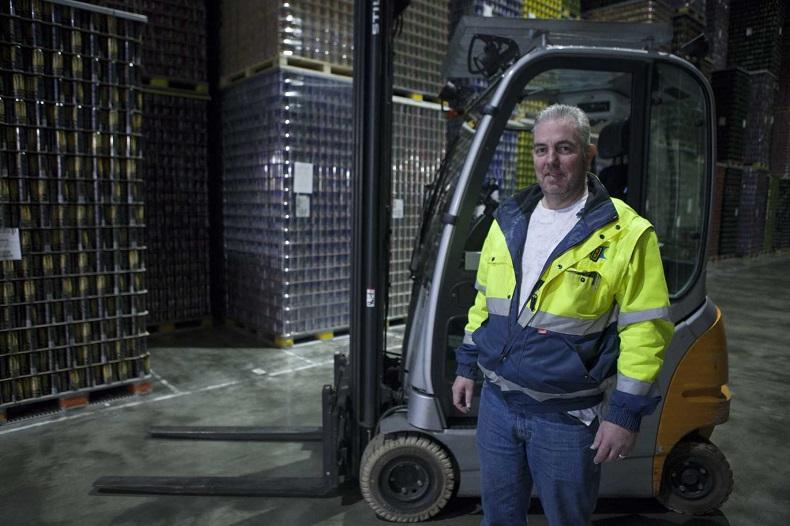 Sander Schuijers, kierownik magazynu w Bikker Logistics BV
