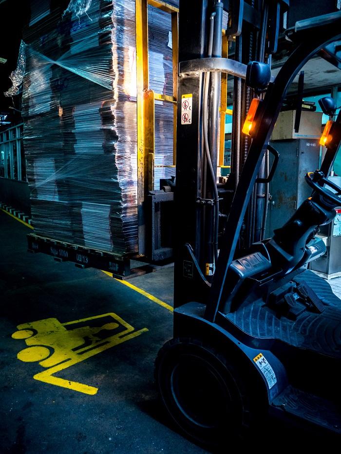 Forklift truck image