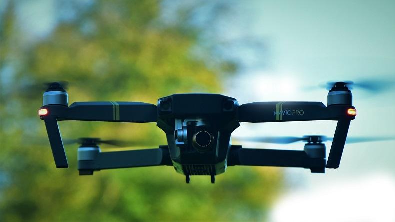 Drony sprawdzą, czy pracownik przestrzega zasad bhp