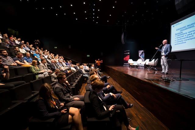 """Przyszłość technologii na konferencji """"IT in Automotive"""""""