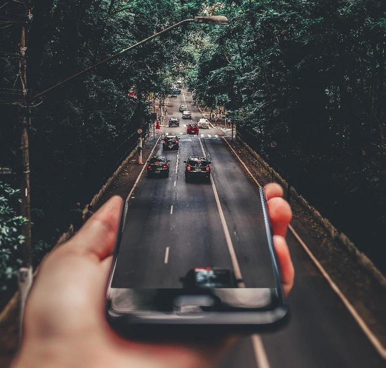 Sieć 5G i rozwój autonomicznych samochodów