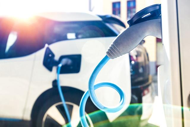 Ładowanie pojazdów prądem