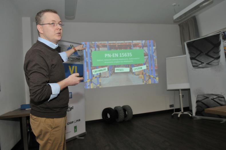 Tomasz Chojnacki z Polskiego Stowarzyszenia Techniki Magazynowej