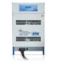 Prostownik do baterii przemysłowych 2100 LP HO (High Output)