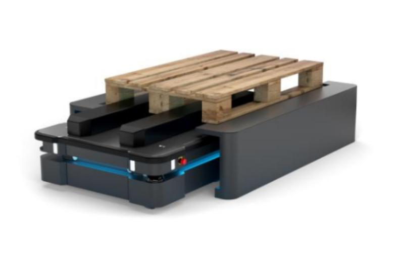 Autonomiczne roboty na magazynach FM Logistic