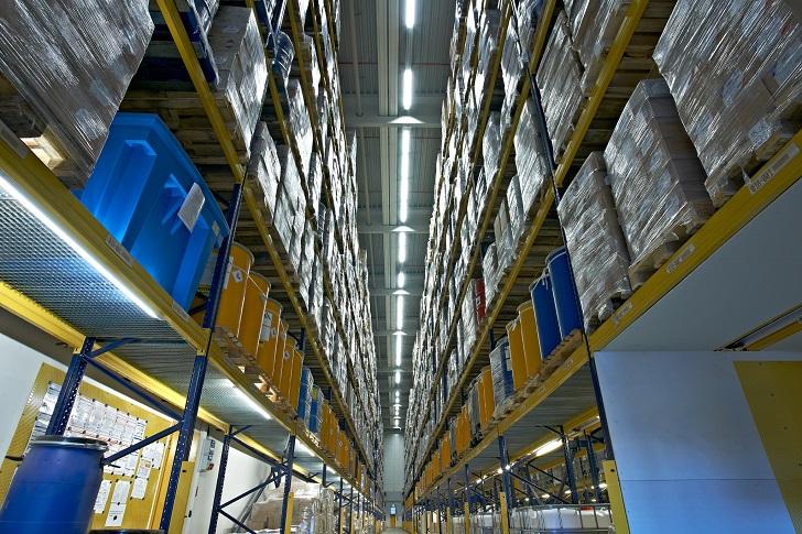 Kompleksowe rozwiązania logistyczne dla branży chemicznej