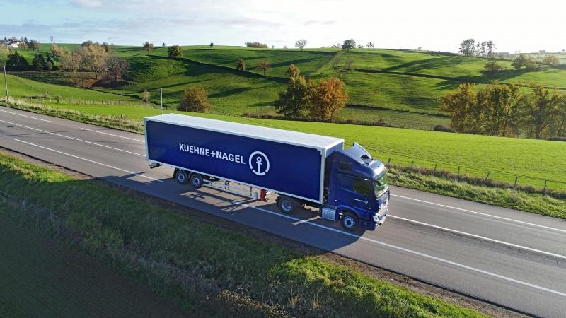 Organizacja transportu drogowego towarów po Europie