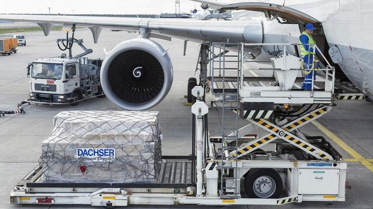 Bezpieczny transport lotniczy w DACHSER