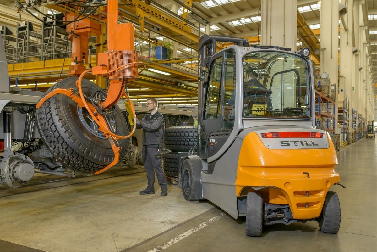 Elektryczny wózek STILL RX 60-50/600
