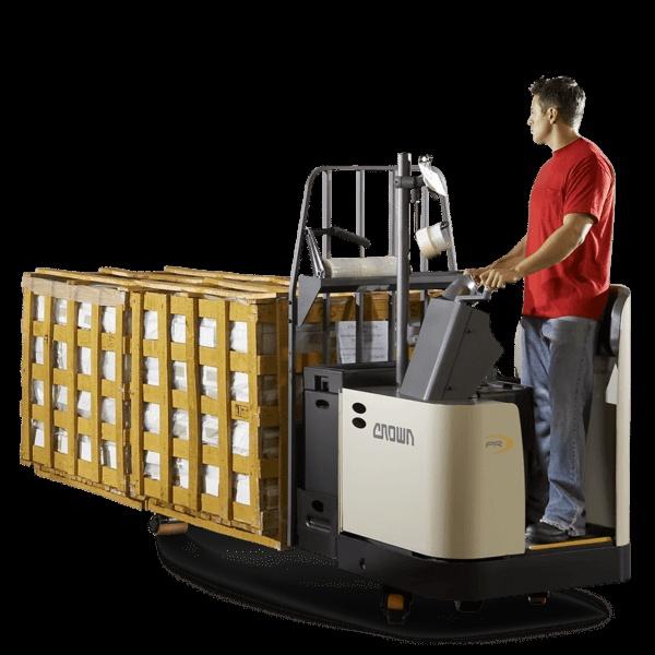 wozek-paletowy-w-operatorem-jezdzacym-crown-pr-4500-600x600
