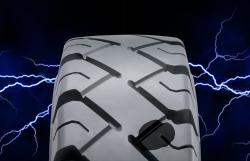 Nowa, opatentowana opona superelastyczna Camso