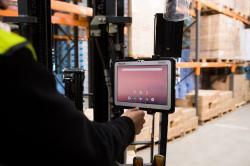 Nowy wzmocniony 10-calowy tablet Toughbook A3