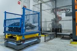 5 aplikacji z autonomicznymi robotami mobilnymi pomiędzy magazynem a linią montażową