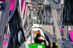 Technologia kieszeniowa BEUMER Group optymalizuje e-commerce