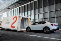 Cyfrowe modele sprzedaży pojazdów i logistyka